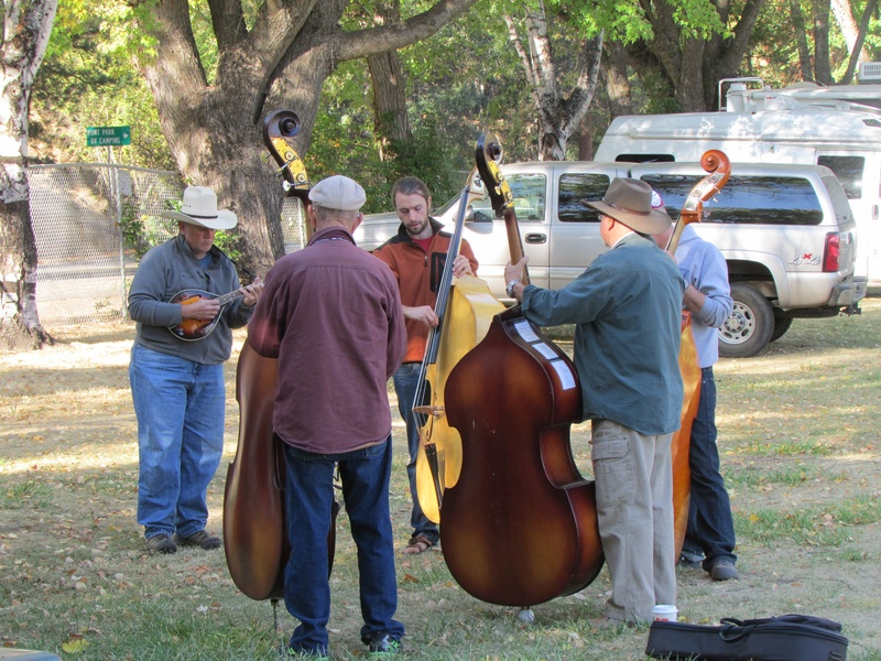 Luke leads a bass workshop